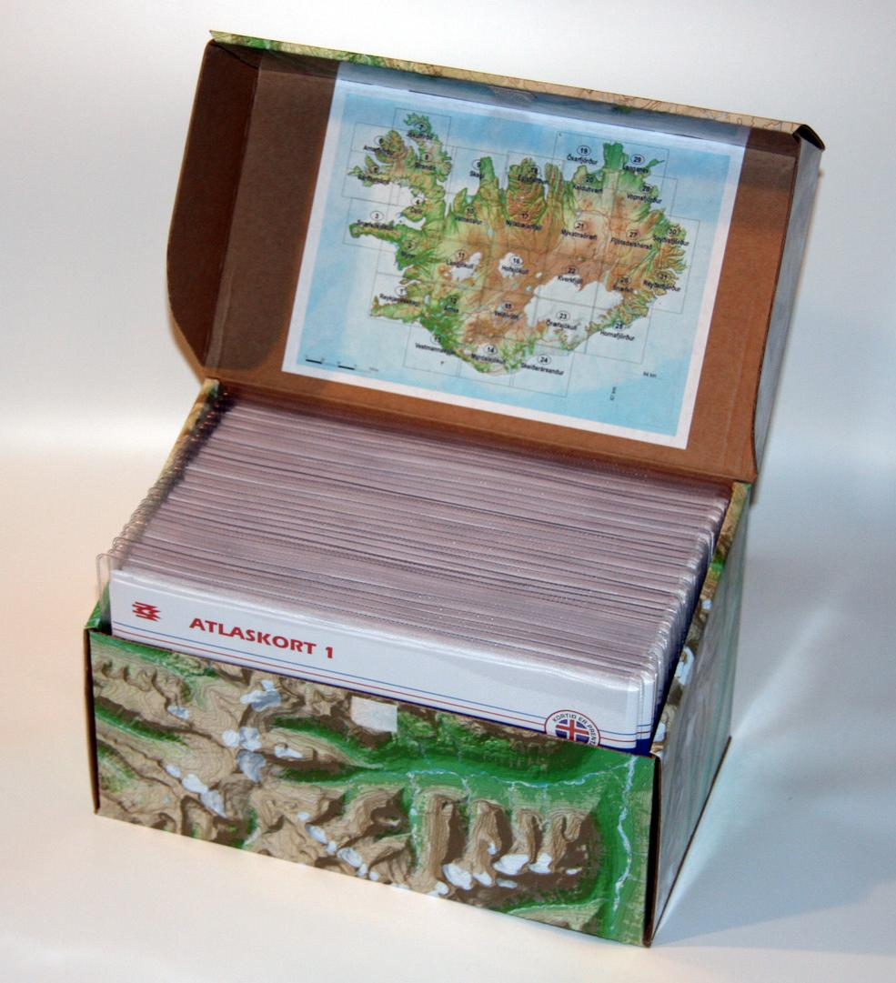 Atlaskort – askja með 31 korti