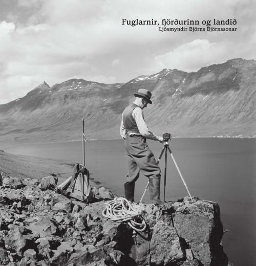 Fuglarnir, fjörðurinn og landið